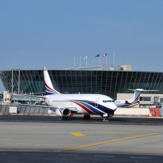 Aéroport Nice-Côte-D'Azur Intervention à l'Aéroport de Nice pour le compte d'ERDF